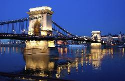 Paste Budapesta