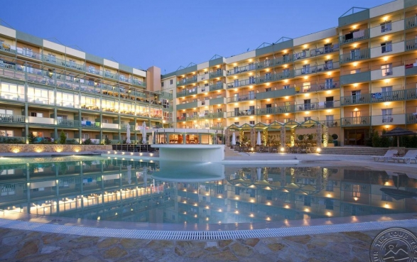 Ariti Grand Hotel 4 stele, vacanta Corfu, Grecia