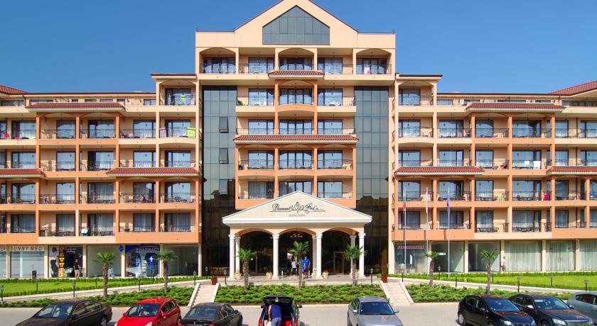 HOTEL DIAMANT RESIDENCE 4 * / Sunny Beach